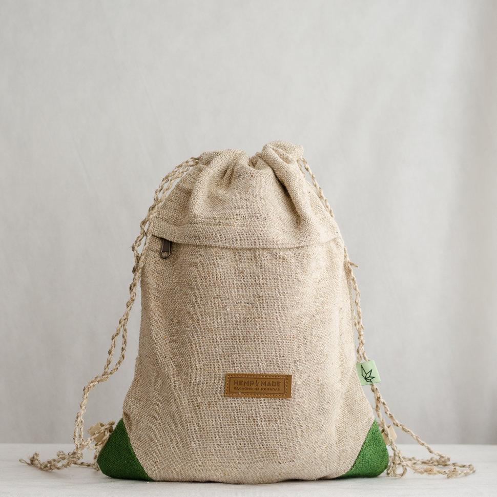 Рюкзак-торба из конопли Хеламбу, белый с зелеными уголками