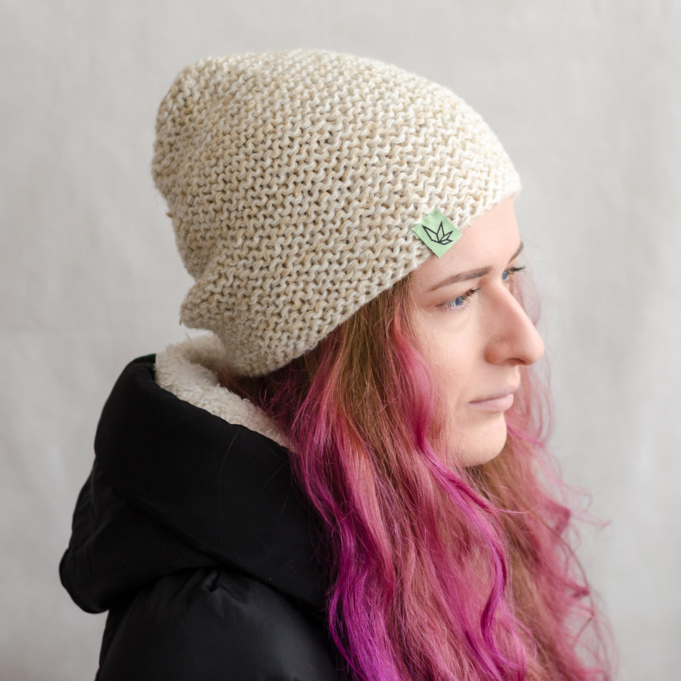 Вязаная шапка бини «Джагат» белая